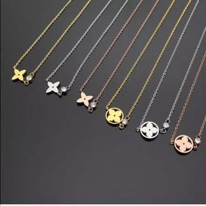 Jewelry - NEW LAYERING NECKLACE FLOWER PENDANT VARIOUS STYLE